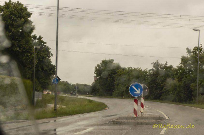 Regenwetter auf der Straße